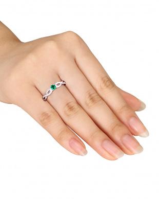 エメラルド  ツイストモチーフダイヤモンドリング見る