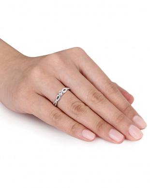 ホワイトサファイア ツイストモチーフダイヤモンドリング見る