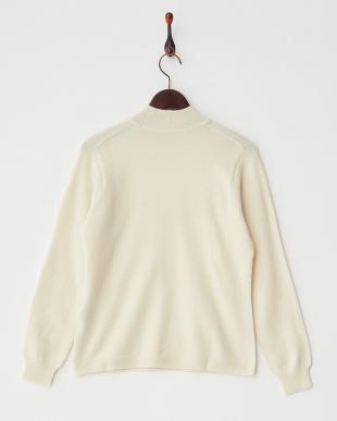 ホワイト  無地ハイネックセーター見る