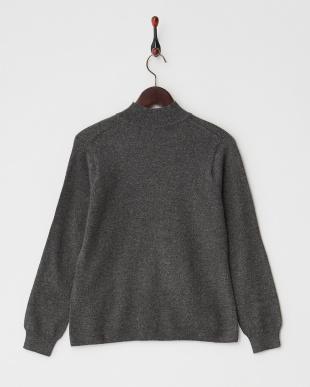 グレー  無地ハイネックセーター見る