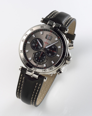 グレー/ブラック Newport Yacht Club Chronograph 36655/AP23 WATCH|MEN見る