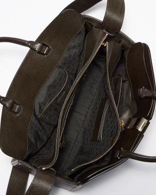 Dark Olive  Albion Top Handle Bag見る