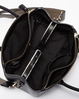 Black  Capra Ebury Soft Small Bag見る