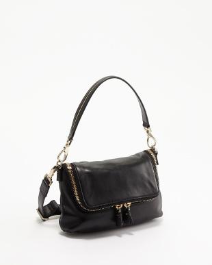 Black  Maxi Zip Crossbody Bag見る