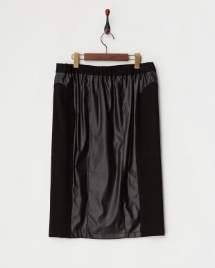 ブラック 切り替えフェイクレザースカート見る