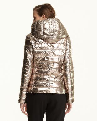 シャンパン  メタリック 中綿入りジャケット見る