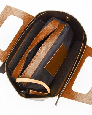 キャメル  ポーチ付き張り合わせデザインバッグ見る
