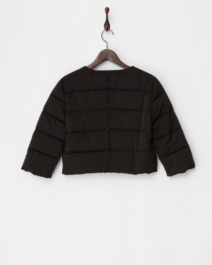 ブラック ビジューフラワー中綿キルトジャケット見る