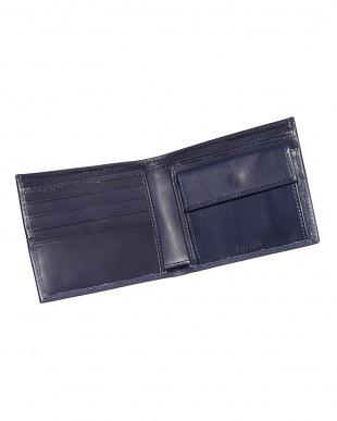 ネイビー  レザー コイン入れ付き2つ折り財布見る