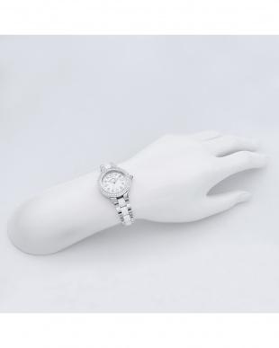 シルバー×ホワイト Love Sports ステンレス×セラミックブレス 腕時計見る