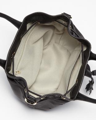 ブラック  スターパンチング 巾着バッグ見る