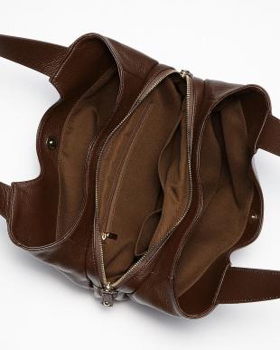 チョコ  オーバル底 3室バッグ見る