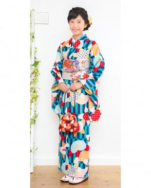 ブルー系×ベージュ系 矢羽模様&橘の花 こどもきもの+造り帯2点セット見る