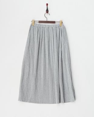 杢グレー カットソーロングプリーツスカート見る