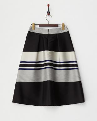 black pattern PANDORO ボーダータックフレアスカート見る