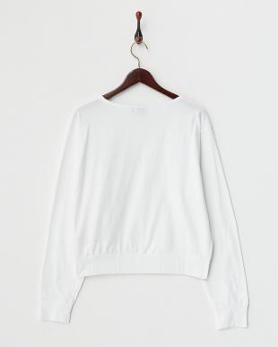 ホワイト パンプス Tシャツ見る