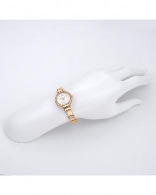 ローズゴールド  MEXICO メタルベルト腕時計見る