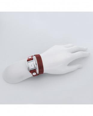ブラウン SAKURA レザーベルト腕時計見る