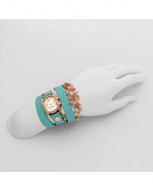 グリーン レザーベルト腕時計見る
