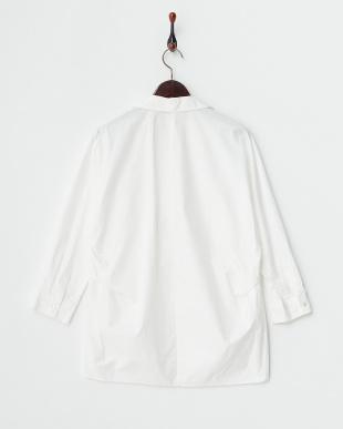 WHITE  タイプライター抜け衿ドルマンシャツ(スキッパーカラー)見る