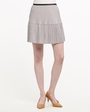 グレー 切り替えプリーツスカート(ゆったりサイズ)見る