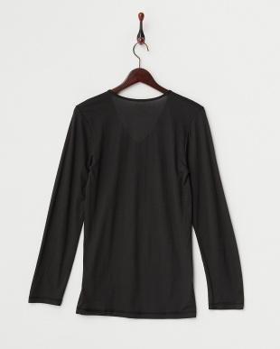 ブラック  薄くて暖かい 吸湿発熱 Vネック長袖シャツ見る