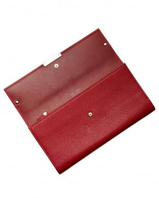 レッド フラップ財布見る