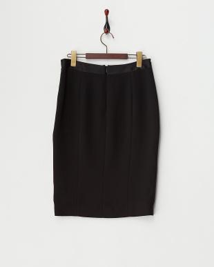 ブラック フロントサイドスリットタイトスカート見る