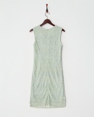 ミントグリーン ビーズ装飾ストレートドレス見る