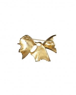 ゴールドカラー ひねりリーフデザインブローチ見る