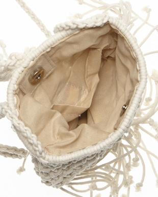 アイボリー Sommer タッセルフリンジ編み込みショルダーバッグ見る