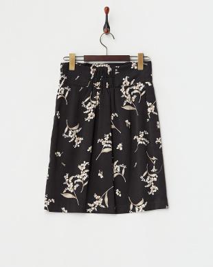 ブラック  オリジナルオルキデアフラワー柄タックタイトスカート見る