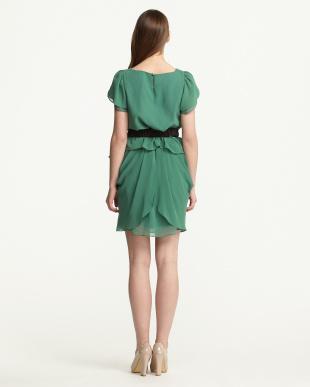 グリーン  ツーピースドレス見る
