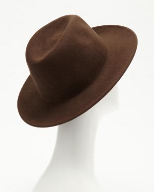 BROWN  つば広フェルト帽見る