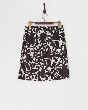 ブラック ボタニカルプリントスカート見る