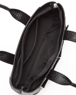 ブラック  カイマンワニ革&牛革クロコ型押しスクエアハンドバッグ見る