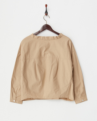 BEIGE  V-NECK BLOUSE見る