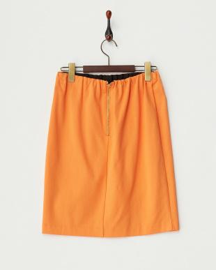 オレンジ カットスカート見る