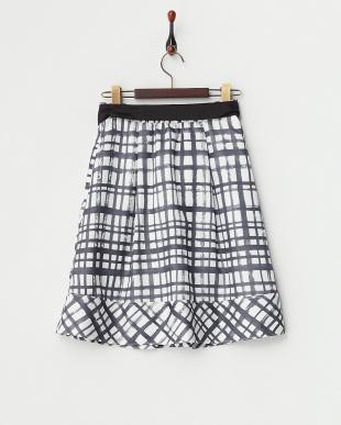 ブラック  チェックプリント タックフレアスカート見る