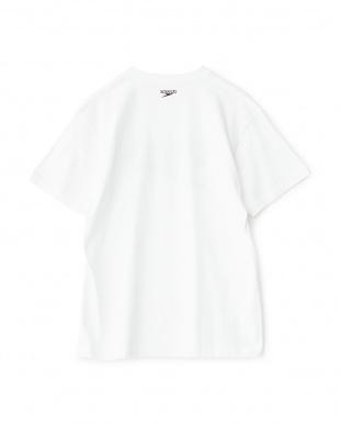 ホワイト  Stack logo collection ビックロゴTシャツ見る