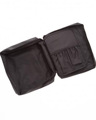 ブラック  トラベルコスメティックバッグ見る