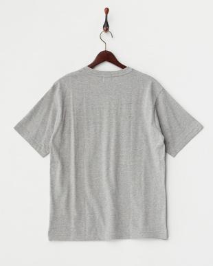 グレー  ドロップショルダーTシャツ見る