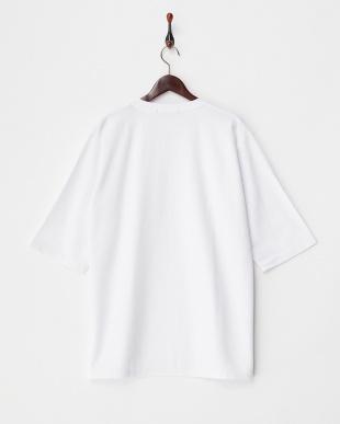 WHITE  カルゼVネックボリュームTシャツ(7分袖)見る