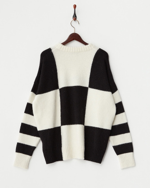 BLACK & WHITE OVERSIZED CREW NECK見る
