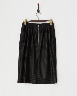 ブラック  ピンタックチンツスカート見る
