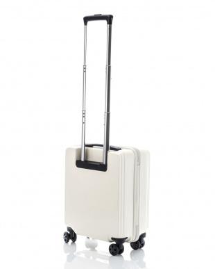 オフホワイト  スーツケース(26L)|UNISEX見る
