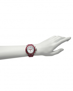 フューシャ  MIAMI ダイヤインデックス×サフィアーノレザーベルト腕時計見る