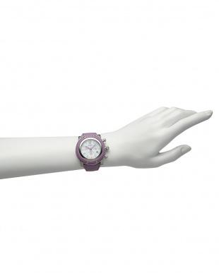ライラック  MIAMI ダイヤインデックス×サフィアーノレザーベルト腕時計見る