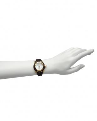 ホワイト×ブラウン MIAMI Palm Beach ブレイデッドレザーベルト腕時計見る