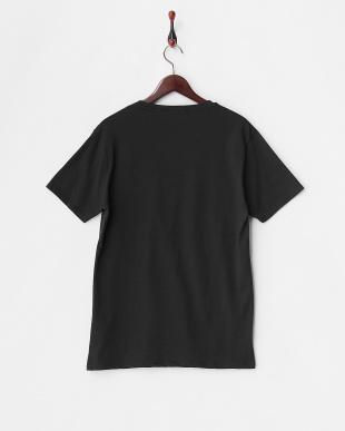ブラック プリントポケット付Tシャツ見る